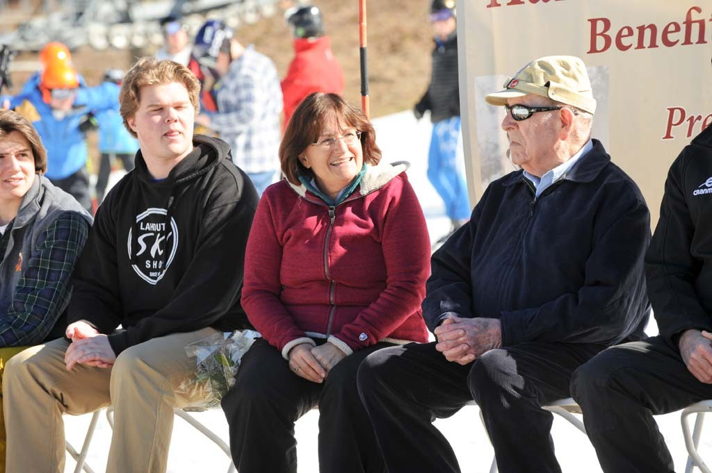 Representative Kuster chats with 10th Mountain veteran John Barton.