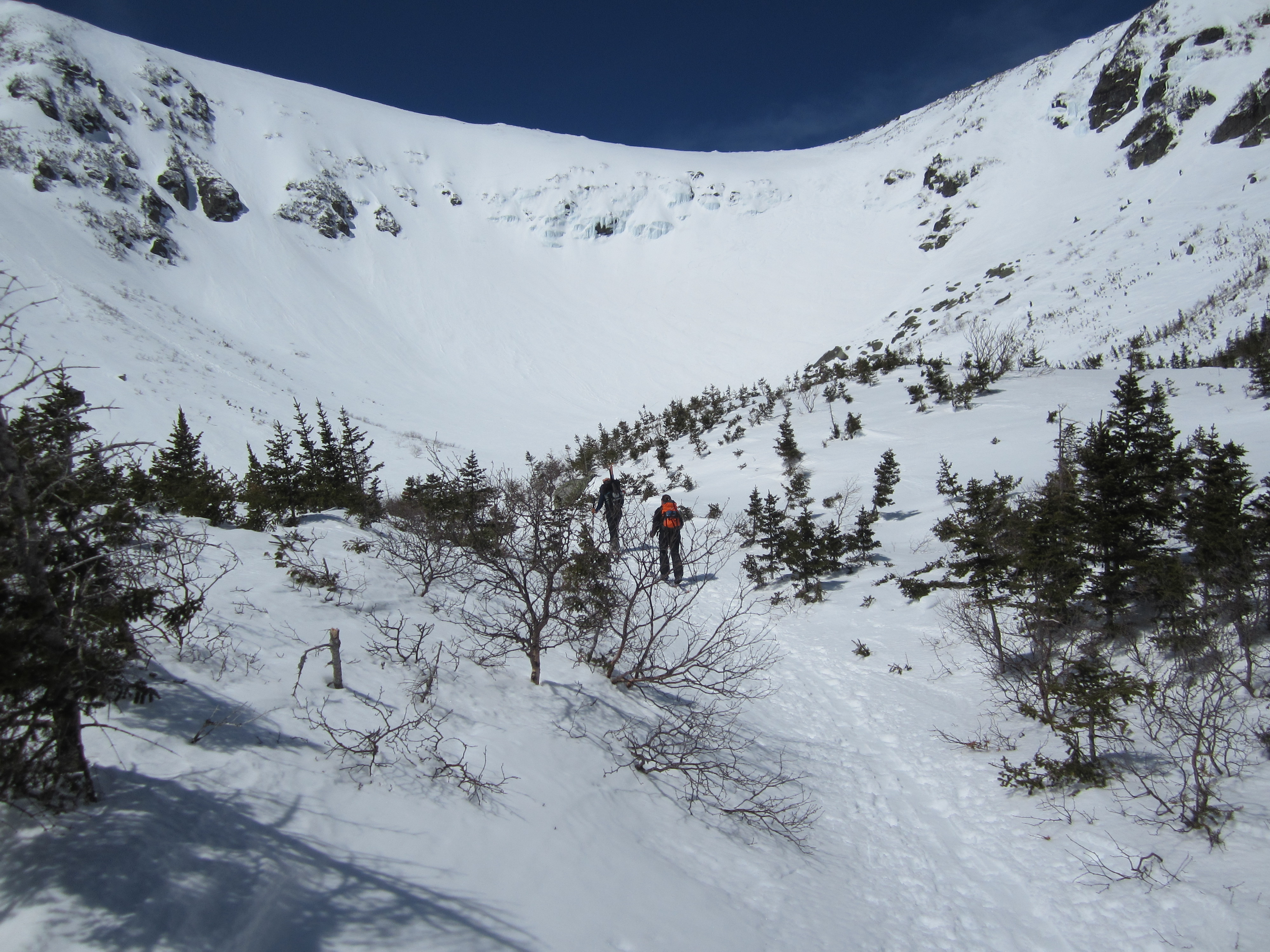 Tuckerman Ravine on April 11, 2014. The Lip is between the ice in the center and the rock band to its right. New England Ski Museum photo.