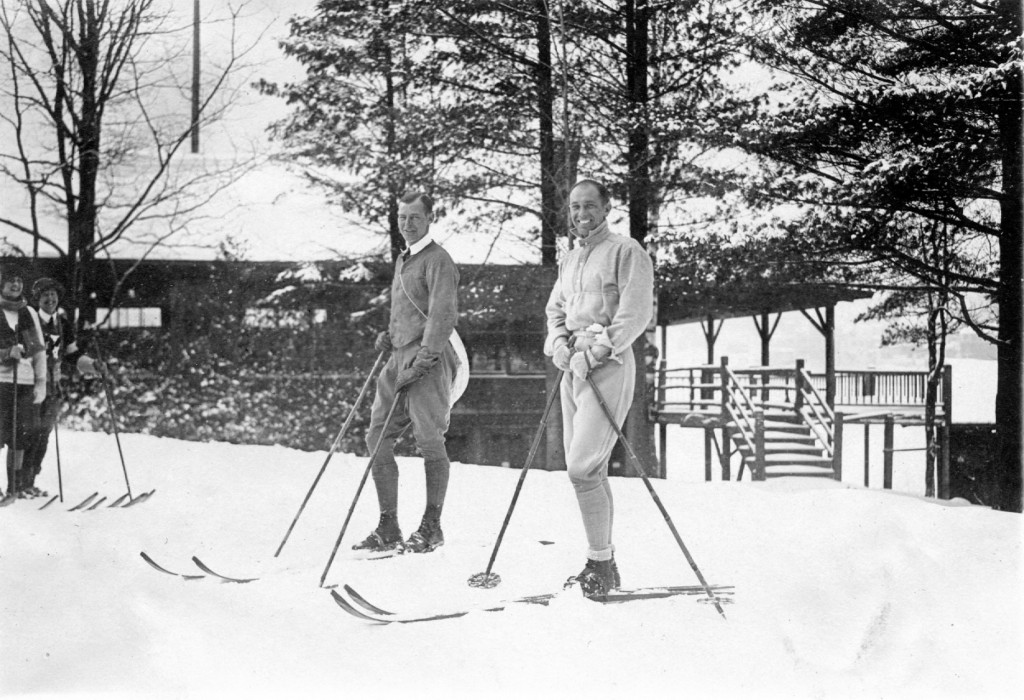 Marquis degli d'Albizzi, right, with Arnulf Paulsen at Lake Placid, NY, 1926